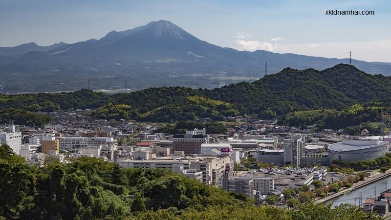 Núi Kirishima