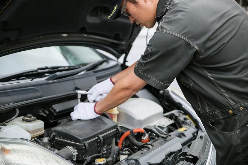 thực tập sinh ngành cơ khí sửa chữa ô tô ở Nhật Bản