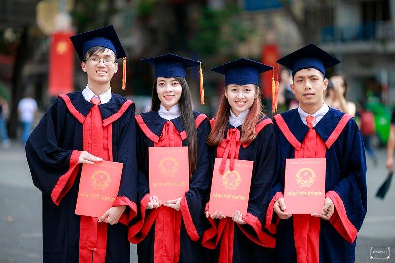 tốt nghiệp đại học cao đẳng