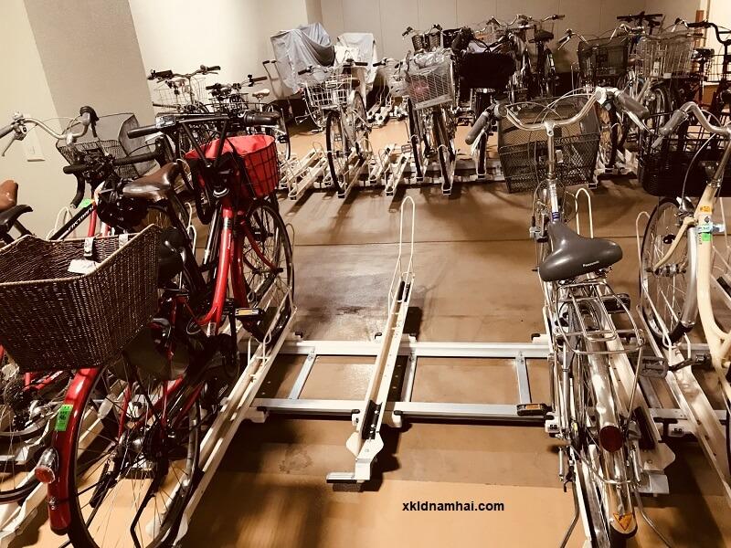 Một bãi đỗ xe đạp ở Nhật Bản