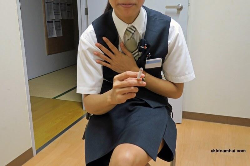 người Nhật hút thuốc lá
