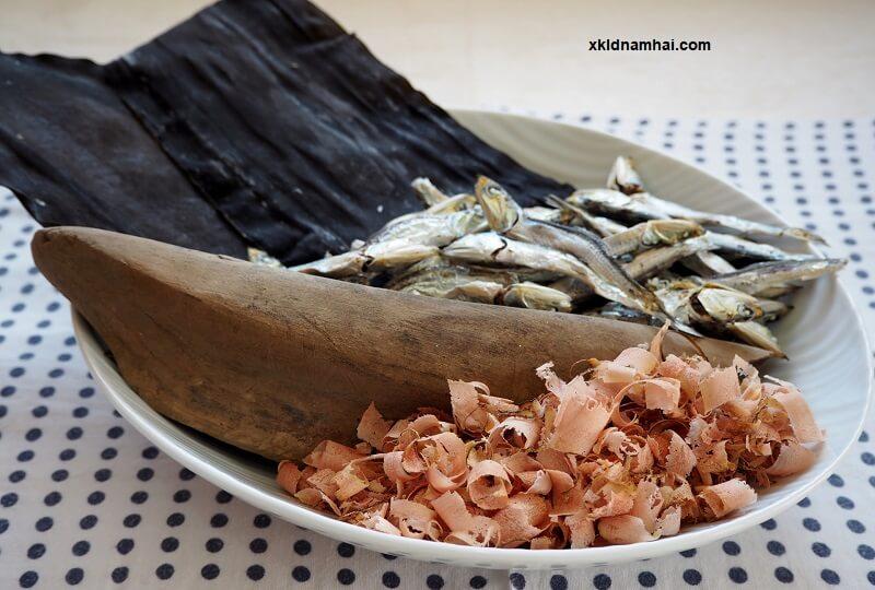 Cá mòi khô Iriko