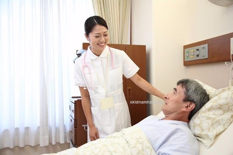 Công việc của điều dưỡng viên